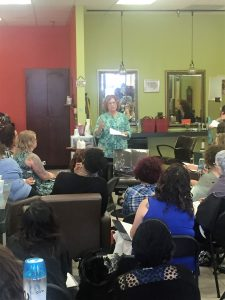 Dicussing the benefits of Olaplex to curls with Kelly E. Anker